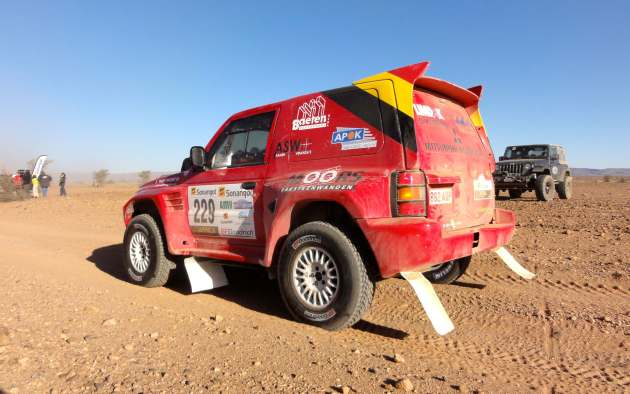 Car229AfricaEcoRace02