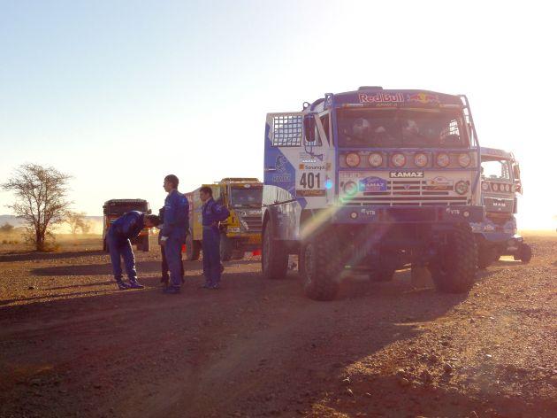 TrucksWaitingForStart01
