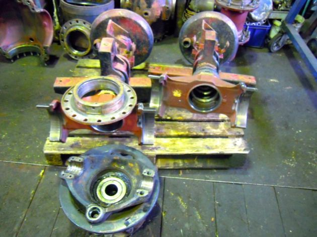 Tatra815RearAxleDisassembledRing